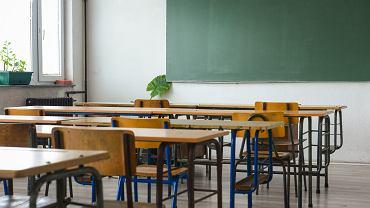 Kiedy dzieci wracają do szkoły? Koronawirus zmienia ten rok szkolny