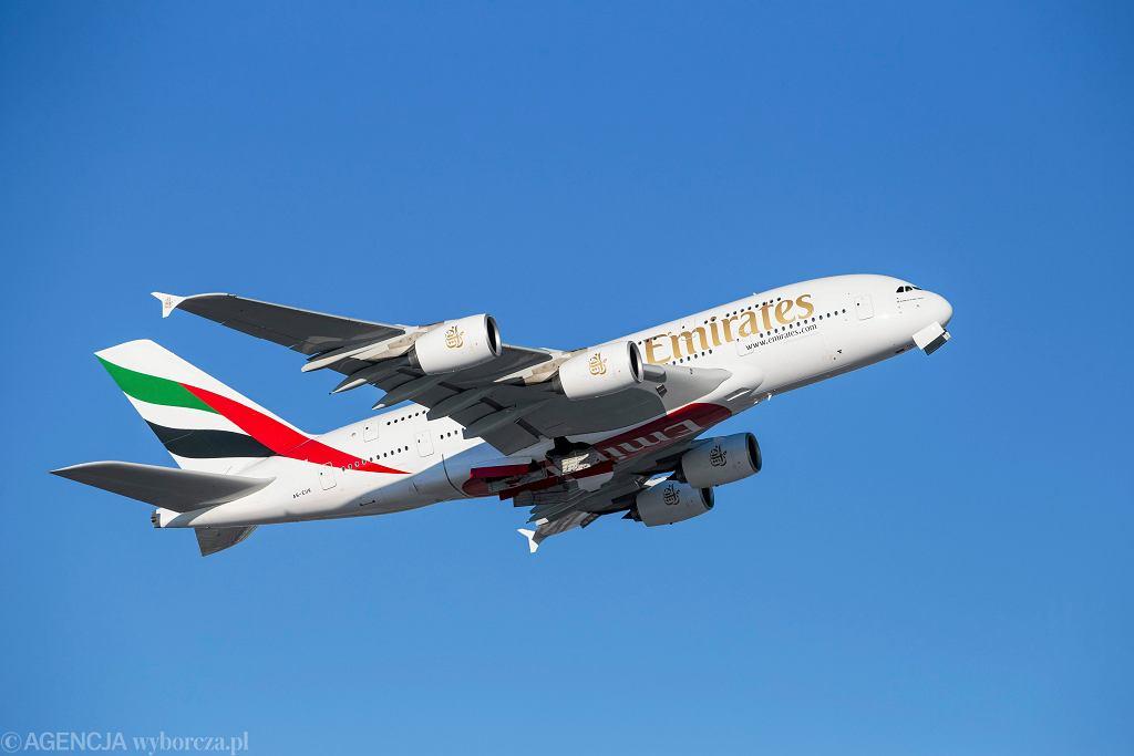 Emirates wznawiają kolejne loty