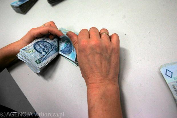 Nasze pensje rosną wolniej, niż prognozowali analitycy