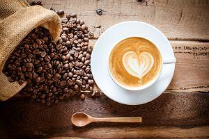Kawa a odchudzanie. Jak kofeina pomaga spalać tłuszcz?