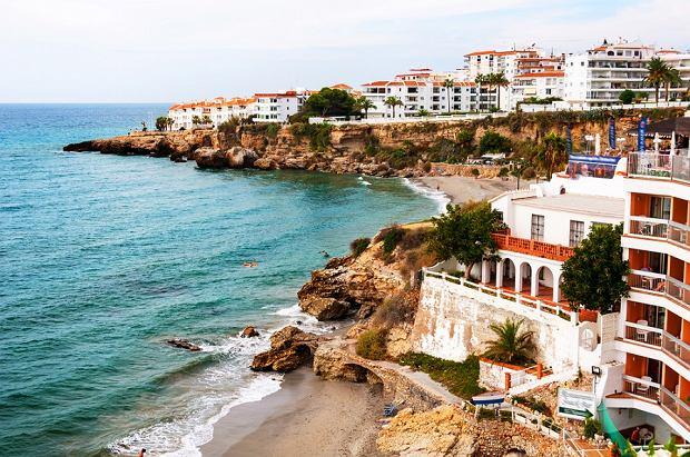 Poznaj piękne plaże Hiszpanii nad nieskazitelnym morzem