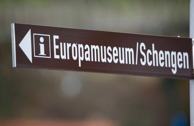 Strefa Schengen się pruje