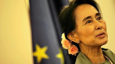 Aung San Suu Kyi może stracić honorowe obywatelstwo Kanady. Przez brak reakcji na represje wobec Rohindżów