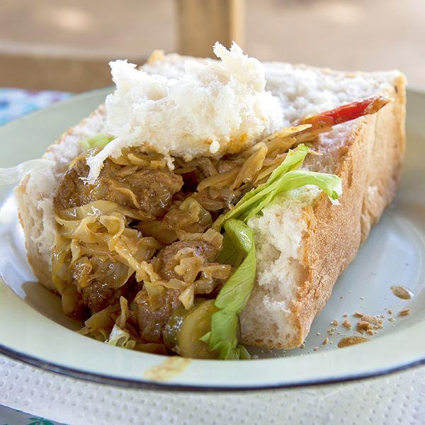 RPA, durbański bunny chow, kanapka popularna w południowoafrykańskich townshipach