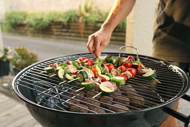 Jak grillować ekologicznie? Uwaga na pułapki!