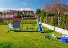 Jak urządzić ogródek, w którym dzieci będą miały świetną zabawę? 4 pomysły na dobrą zabawę