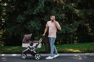 Tylko w 2020 roku z urlopu ojcowskiego skorzystało 60 tys. mężczyzn. Czym różni się urlop ojcowski od tacierzyńskiego?