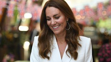 Księżna Kate jest w czwartej ciąży? Najnowsze zdjęcia nie pozostawiają wątpliwości. Wygląda cudnie!