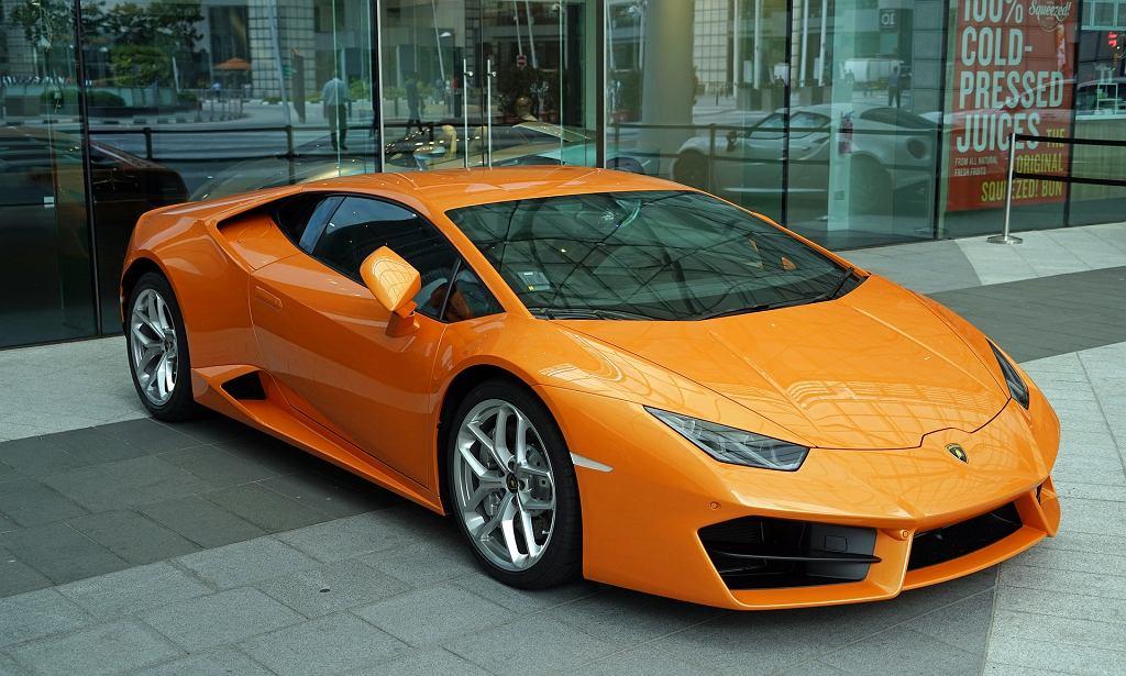 Zdjęcie ilustracyjne / USA. Za rządowe pieniądze kupił Lamborghini