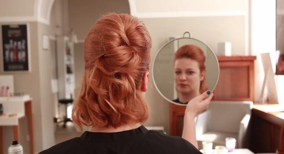 Fryzury Dla Krótkich Włosów Elegancki Irokez Wideo