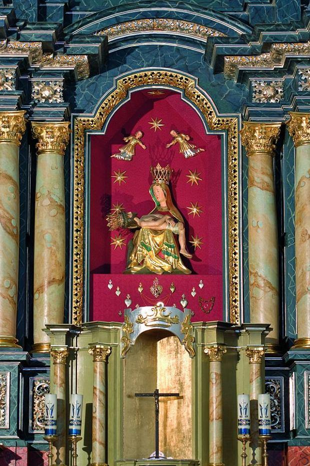 Wnętrze kościoła w Haczowie / fot. Tomasz Fedor