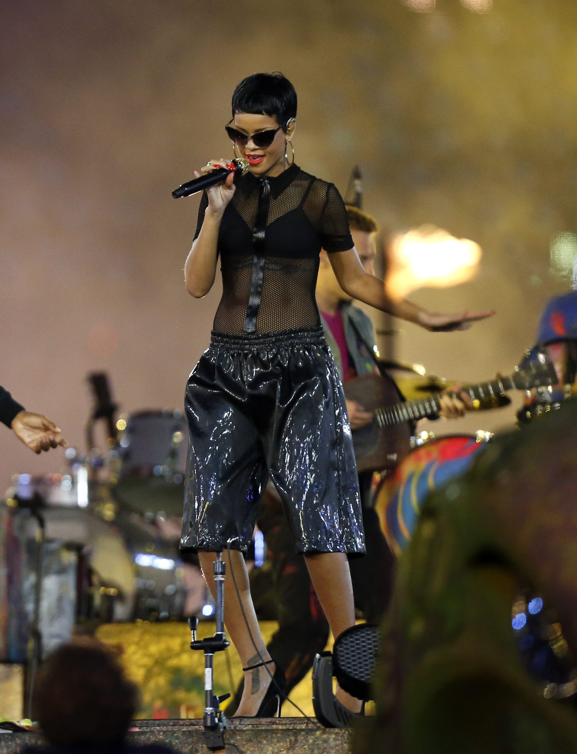 Singer Rihanna from Barbados performs during the closing ceremony for the 2012 Paralympics, Sunday, Sept. 9, 2012, in London.  (AP Photo/Matt Dunham)