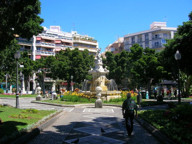 Plaza Weyler, Santa Cruz de Tenerife, fot. Cosimo from es / Wikimedia Commons
