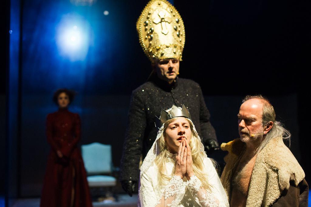 Sztuka 'Śmierć białej pończochy' Teatru Wybrzeże