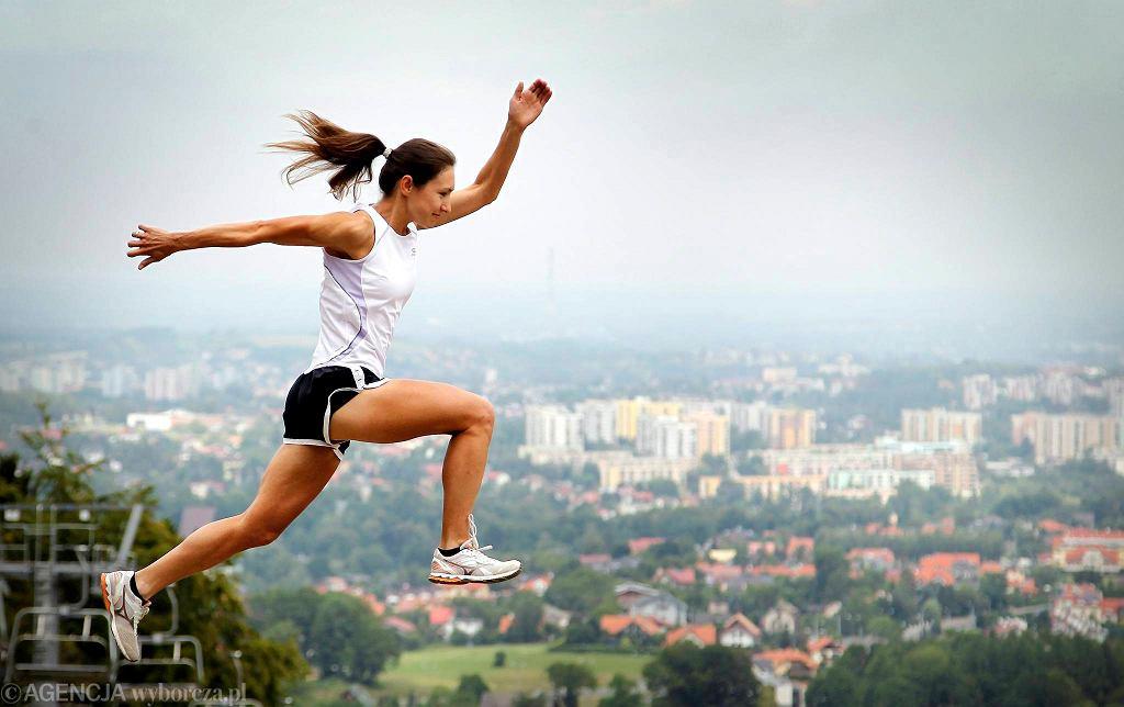 Jeśli chcesz biegać szybciej i dłużej, stosuj środki treningowe.