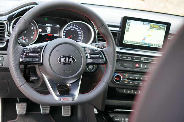 Kia Proceed