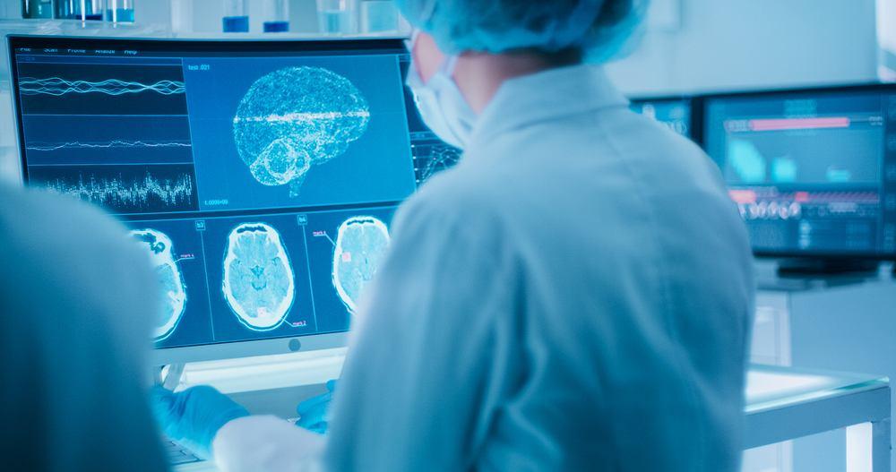 Nawet łagodny COVID-19 powoduje zmiany w mózgu, a co więcej nie wiemy, jak długo to trwa