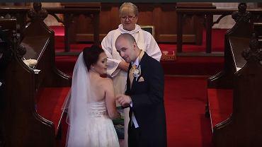 Ślubna niespodzianka od pana młodego i uczniów panny młodej