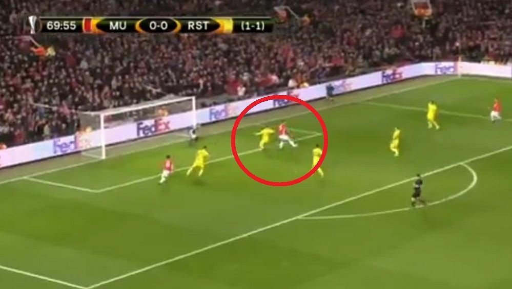 Zlatan Ibrahimović asystuje przy golu Juana Maty w meczu LE przeciwko FK Rostów