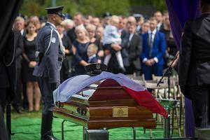 Pożegnanie tragicznie zmarłego pilota. Do Pruszcza przyjechał m.in. minister Błaszczak