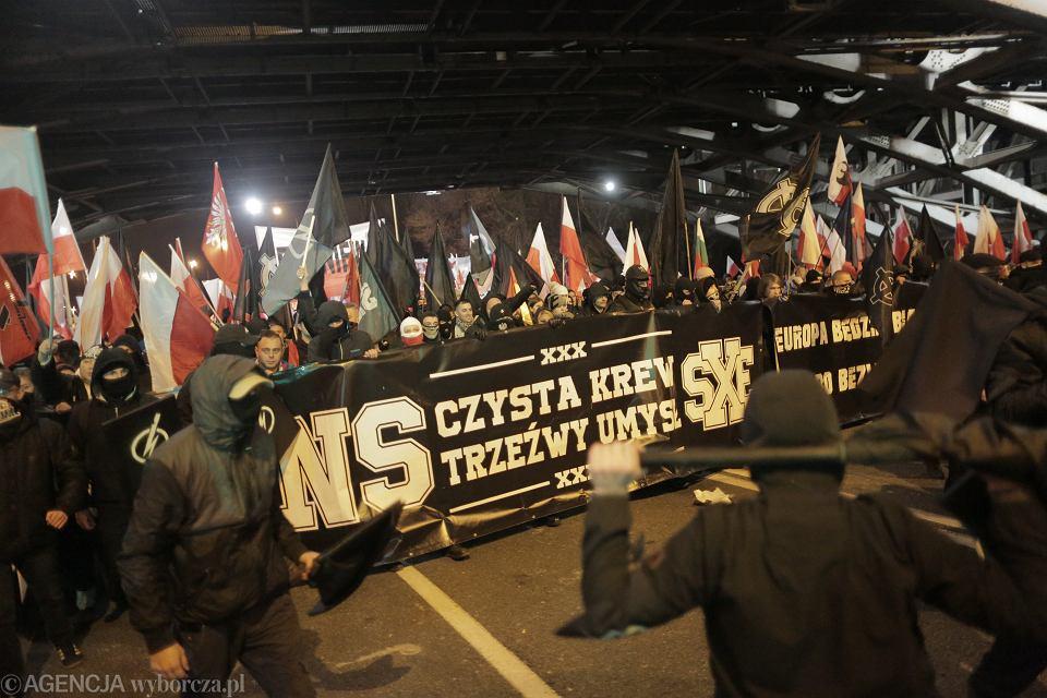 Organizowany przez skrajnych prawicowców 'Marsz Niepodległości'. Warszawa, 11 listopada 2019