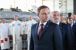 Macierewicz obiecał, ale attache do Waszyngtonu nie doleciał. Co na to prezydent Duda?