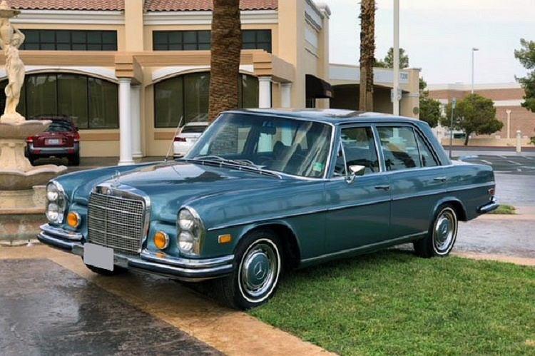Mercedes 280 SEL Elvisa Presleya