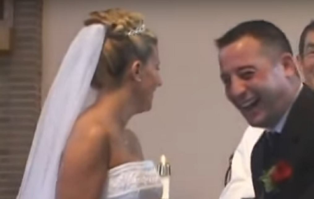 Nietypowa sytuacja na ślubie rozbawiła wszystkich do łez