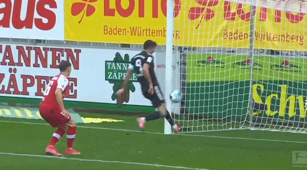 Robert Lewandowski miał szansę na 41. gola