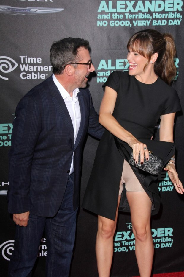 Jennifer Garner has a wardrobe malfunction at the Alexander and the Terrible, Horrible, No Good, Very Bad Day