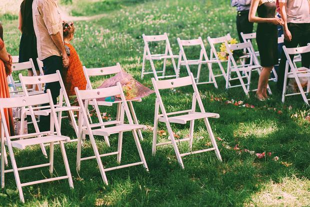 Wielu gości odmawia udziału w weselach w czasie pandemii. Ze strachu (fot: Shutterstock.com)