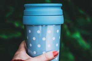 Kubek termiczny do kawy lub herbaty. Jaki wybrać i na co zwracać uwagę?