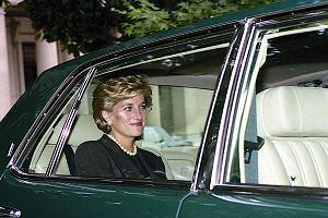 """Księżna Diana miała trudne dzieciństwo. """"Wychowały nas niańki, które ciągle się zmieniały"""""""