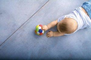Rozwój niemowlęcia: Byle do przodu!