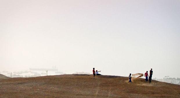 Kadr z filmu ''Toksyczny plac zabaw''