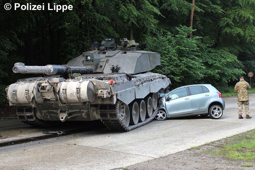Toyota kontra czołg