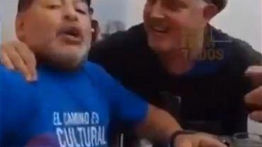 Maradona przed operacją mózgu imprezował