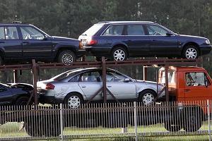 Import samochodów 2019. Pół miliona w pół roku