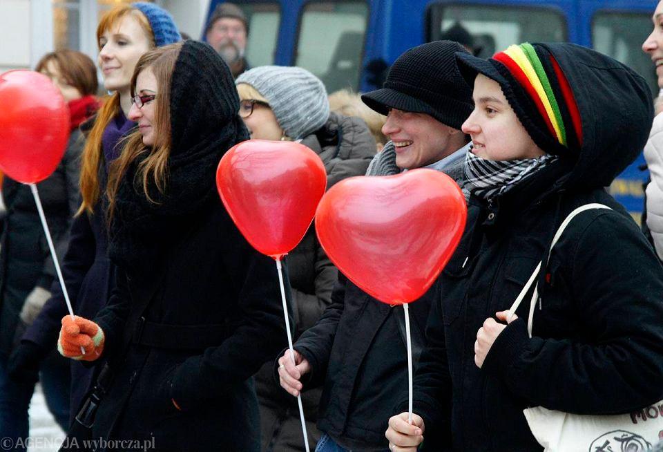 Nowe zasady dotyczące miłości do seksu i randek 2013