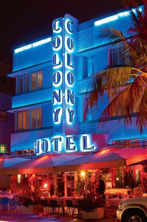 Colony - hotel przy Ocean Drive.