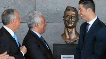 Pamiętacie rzeźbę Cristiano Ronaldo na lotnisku w Maderze? To nie koniec! Emanuel Santos, autor popiersia słynnego Portugalczyka postanowił wykonać rzeźbę innego piłkarza Realu Madryt - Garetha Bale'a. Zdjęcia z Cardiff już robią furorę w Internecie!