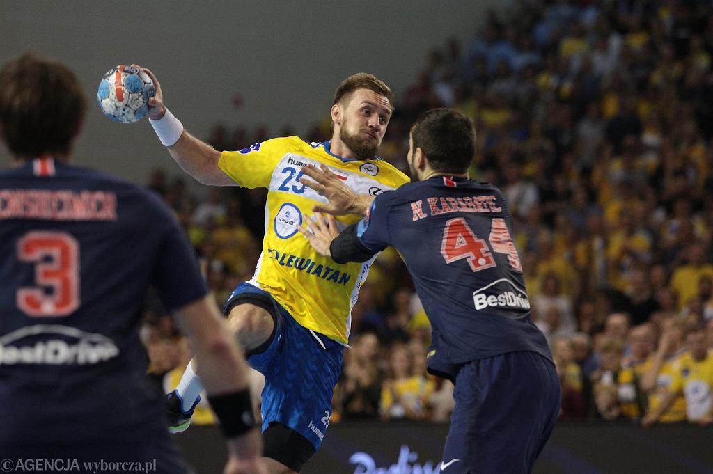 Luka Cindrić i Nikola Karabatić podczas meczu PGE Vive Kielce - PSG