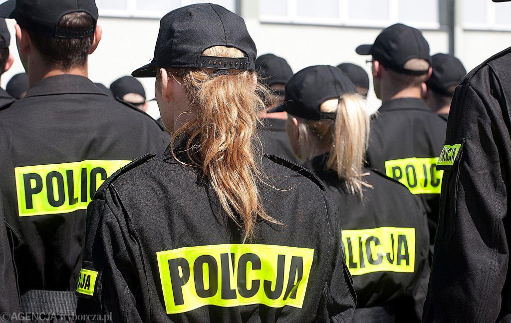 Ksiądz z Lublina napisał do policji skargę. 'Nawet za okupacji niemieckiej Schupo zdejmowali hełmy'