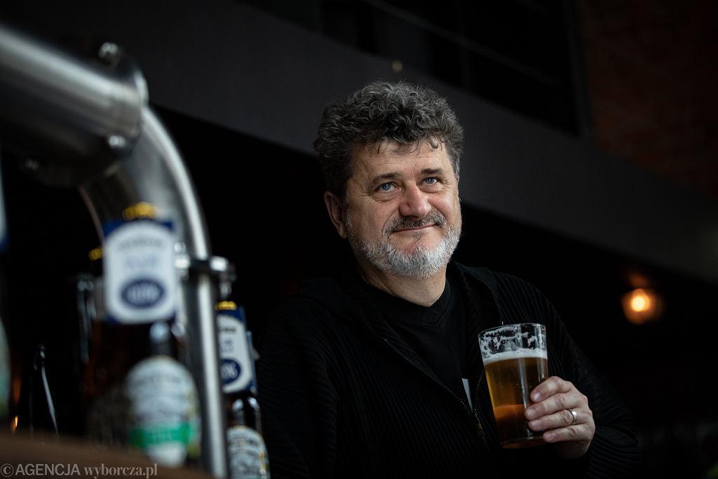 Janusz Palikot wybuduje domki, w których z kranu będzie leciało piwo. Pierwszy taki projekt w Europie Środkowo-Wschodniej