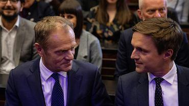 Przewodniczący Rady Europejskiej Donald Tusk i szef 'Liberté!' Leszek Jażdżewski przed piątkowym wykładem na UW