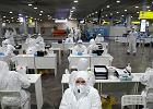 Rosja nie wytacza dział przeciw koronawirusowi. Ale Putina chroni