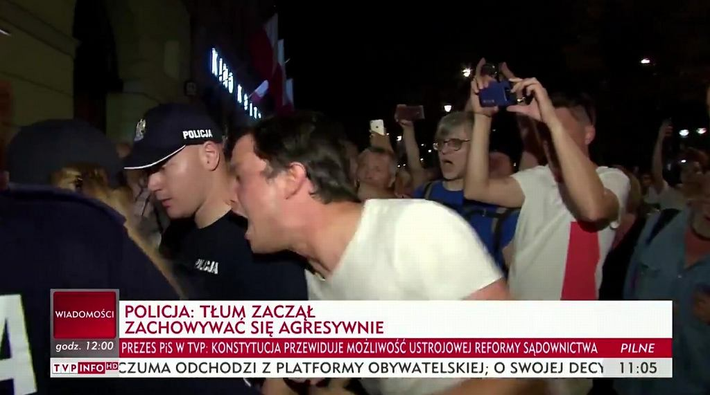Michał Modlinger zaatakował policjantów przed Pałacem Prezydenckim. Teraz ich przeprasza