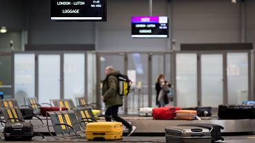 Paszport covidowy ma umożliwić m.in. podróże i wyjścia do kina
