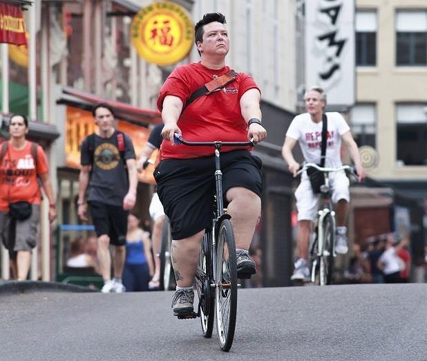 Jak jeździć na rowerze, żeby schudnąć? Oto 8 sposobów