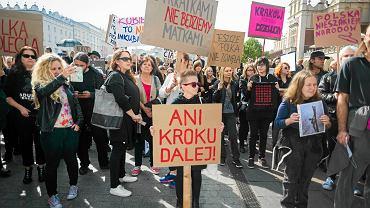 25 września, Kraków. Protest przeciwko zaostrzeniu ustawy antyaborcyjnej na Rynku Głównym